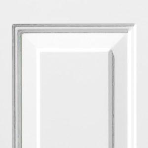 Porte avec panneaux embossés
